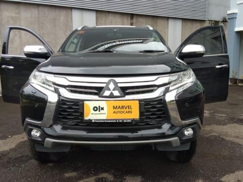 Mitsubishi Pajero Sport Dakar 2018 Matic / AT